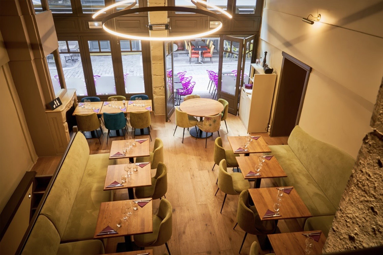 Salle-a-manger-privatisable-restaurant-cuisine-italienne-Le-Mirtillo-Lyon-groupes